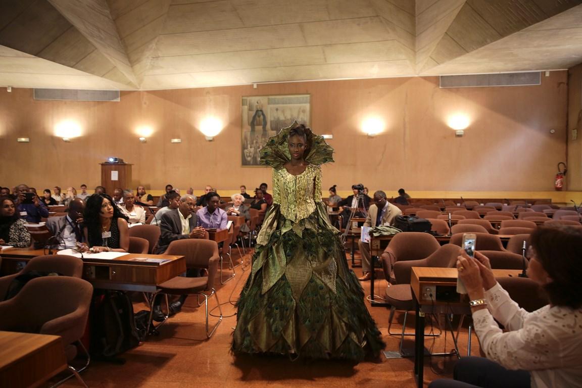 WAFAA LAHLA FIMA PRESS CONFERENCE AT UNESCO, PHOTO COURTESY OF UNITED FASHION FOR PEACE COPYRIGHT GABRIELLE BIRNHOLZ 9W5A0910 (Copier)