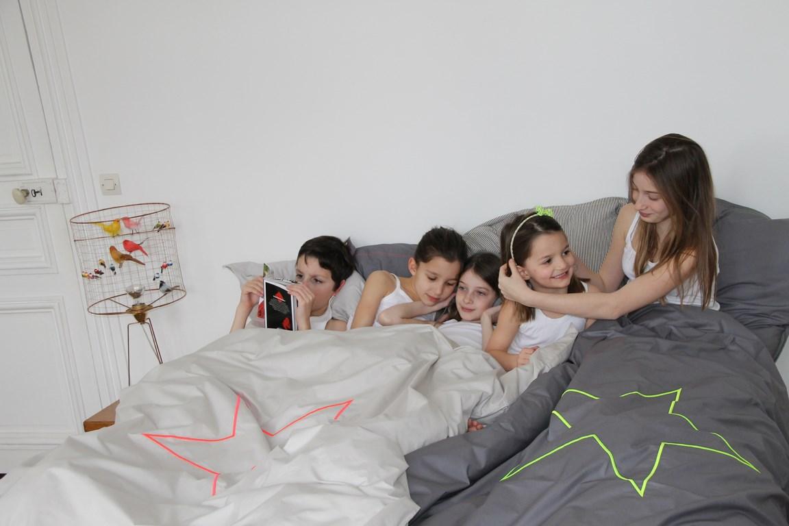 grasse matin e une collection de linge de lit haut de gamme. Black Bedroom Furniture Sets. Home Design Ideas