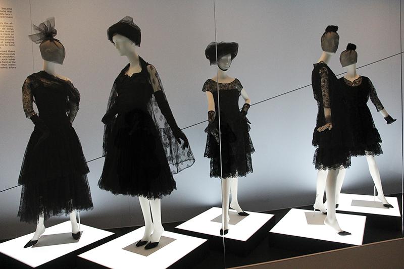 les robes noires