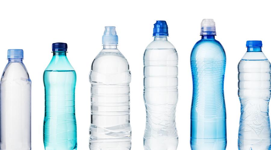 36151-eau-bouteille-plusieurs-marques-contaminee-microplastiques