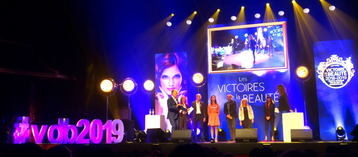 Victoires-beaute-2019-scene-1140x500